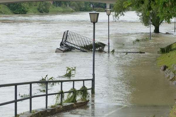flood damage restoration services, flood damage cleanup process, flood damage restoration process